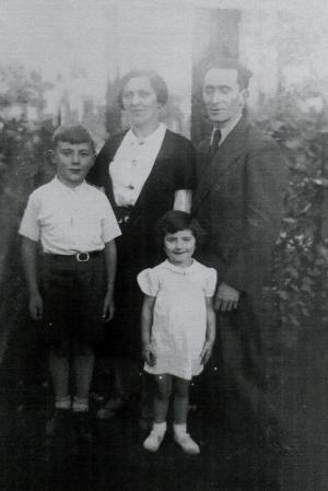 Manfred mit Familie © Archiv Familie Horowicz