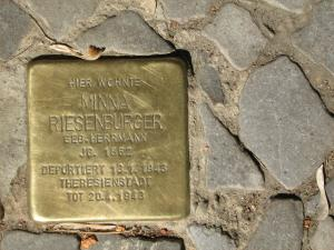 Stolperstein für Minna Riesenburger. Copyright: MTS